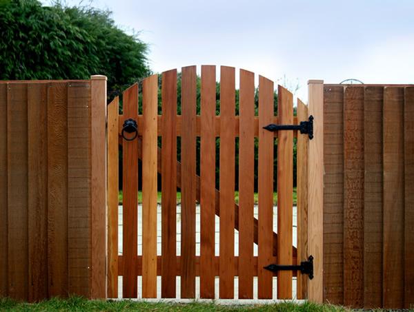 Как правильно сделать ворота и калитку из дерева своими руками
